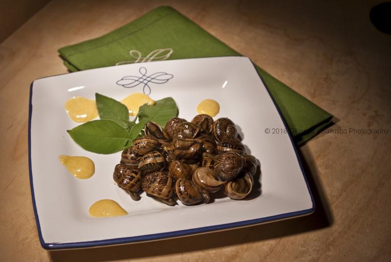 068 lumache e salsa all'aglio